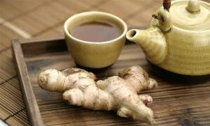 На фото: чай с имбирем