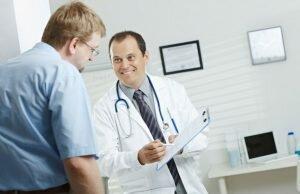 На фото: назначение лекарств