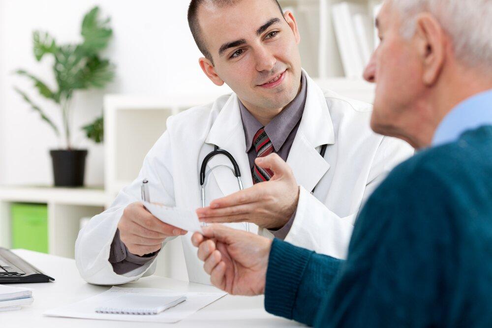 На фото: Назначение препарата урологом