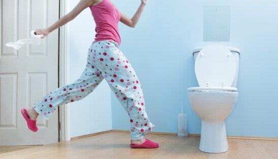 На фото: походы в туалет