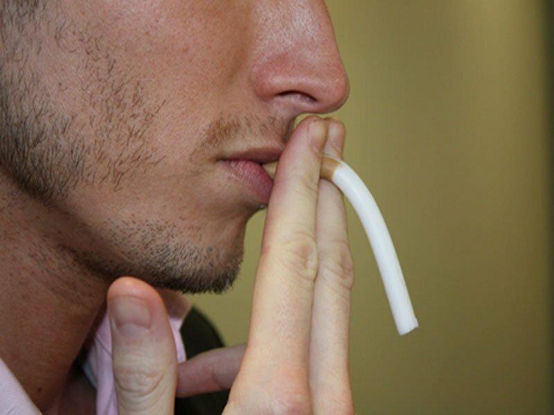 На фото: курение и потенция