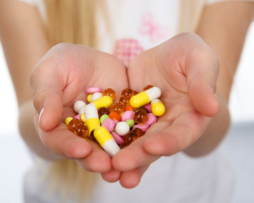 На фото: лечение антибиотиками