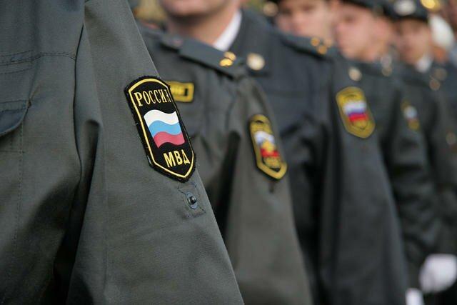 На фото: служба в МВД
