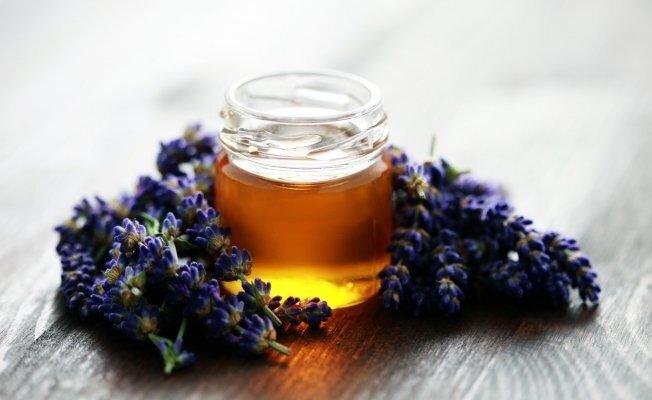 На фото: вересковый мед